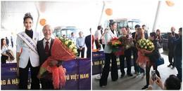 Á hậu Hoàng Thùy được chào đón nồng nhiệt khi trở về Thanh Hóa