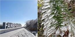 Chùm ảnh: Nhiệt độ giảm sâu còn âm 6 độ C, băng tuyết đẹp như trong tranh phủ kín đỉnh Fansipan