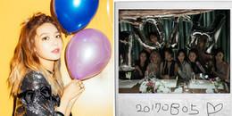 Taeyeon đại diện SNSD nhận bonsang, Sooyoung đăng ảnh nhóm và gửi lời cảm ơn