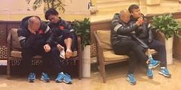 Hình động tình cảm của HLV Park Hang Seo dành cho các học trò khiến ai cũng xúc động
