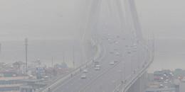 Lý giải nguyên nhân khiến Hà Nội trở nên mờ ảo trong làn sương mù dày đặc cả ngày lẫn đêm