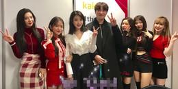 yan.vn - tin sao, ngôi sao - IU xin chụp hình với đàn em Red Velvet để thỏa mãn nguyện vọng của người này đây
