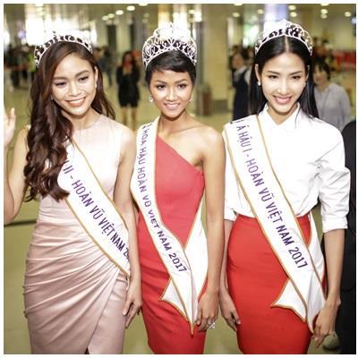 Người hâm mộ chen nhau đón Hoa hậu H'Hen Niê trở về