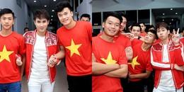 yan.vn - tin sao, ngôi sao - Nhất sao Việt này rồi! vừa nắm tay Bùi Tiến Dũng lại được Đức Chinh tựa đầu vào vai