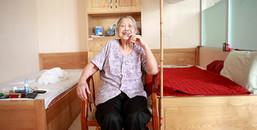 Người phụ nữ bỏ chồng ở tuổi 84 vì chồng không chịu rửa bát: Cả một đời phải chịu đắng cay