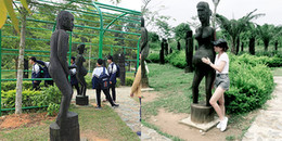 Giới trẻ ngạc nhiên với những pho tượng 18+ được trưng bày công khai ở Hà Nội