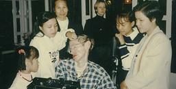 Câu chuyện đẹp về nhà khoa học vĩ đại Stephen Hawking và cô con gái nuôi người Việt