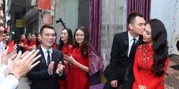 yan.vn - tin sao, ngôi sao - Khắc Việt hôn vợ DJ xinh đẹp đắm đuối trong lễ đính hôn