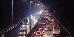 Kinh hoàng 4 vụ tai nạn liên tiếp trên cao tốc Pháp Vân, nhiều phương tiện 'chôn chân' đến tận đêm