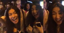 Hòa Minzy hét 'bể sân khấu' lúc đăng quang thể hiện đẳng cấp 'fan bự' của tân hoa hậu Hương Giang