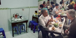 CĐM xứ Trung xôn xao vì quán bún chả Obama đóng lồng kính bàn ghế vị cựu tổng thống từng ngồi