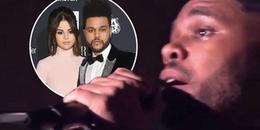 Bạn trai cũ Selena Gomez khóc nấc trên sân khấu khi hát ca khúc viết về việc hiến thận cho tình cũ