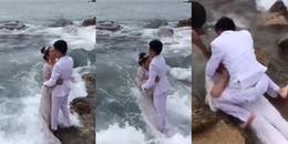 Mải mê tạo dáng chụp ảnh cưới lãng mạn, cô dâu chú rể nhận lại cái kết 'lãng xẹt'