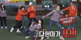 Fan Kpop cười muốn 'nội thương' với Dahyun và Momo khi 2 cô nàng giành nhau thi nhảy tại Running Man