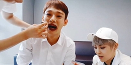 Chỉ vì hành động vô tình này mà Chen (EXO) đang bị fan quốc tế chỉ trích phân biệt chủng tộc