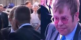Dư luận xôn xao trước hình ảnh Elton John hôn David Beckham rồi liếm môi tại đám cưới Hoàng gia Anh