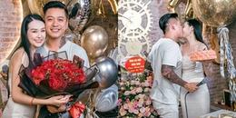 yan.vn - tin sao, ngôi sao - Tuấn Hưng tự tay chuẩn bị quà, hôn vợ đắm đuối trong ngày sinh nhật