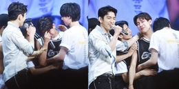 Fan Kpop xúc động trước khoảnh khắc BamBam (GOT7) bật khóc đỏ mắt vì lo lắng cho fan