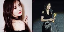 yan.vn - tin sao, ngôi sao - Dương Mịch xinh đẹp nổi bật tại lễ bế mạc LHP Sinh viên Bắc Kinh