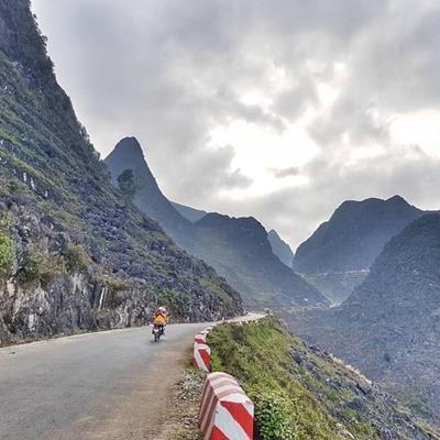 Thỏa chí đam mê xê dịch với 4 cung đường được dân phượt ngợi khen đẹp nhất Việt Nam