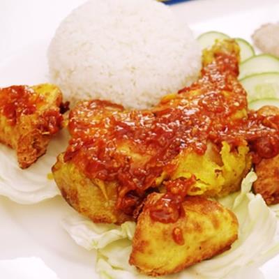 Trổ tài làm món gà rán ngon nhất Indonesia, siêu đưa cơm chiêu đãi cả nhà