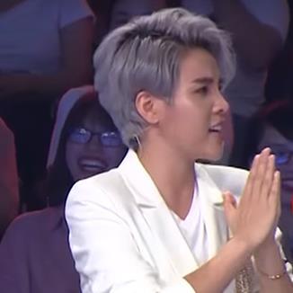 Hết nhảy Fake Love (BTS), Vũ Cát Tường hài hước hát đối đáp cùng Hoài Linh