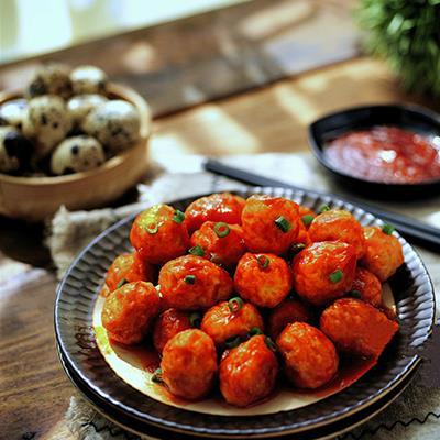 Làm bữa chính cực lạ miệng và bắt cơm với ba món ngon đến từ trứng cút