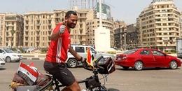 Chàng trai vượt hơn 5.000km qua hơn 5 quốc gia bằng xe đạp để xem World Cup 2018