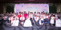 Đám cưới tập thể xúc động của 41 cặp đôi khuyết tật, vậy là từ nay họ đã chính thức 'về chung 1 nhà'