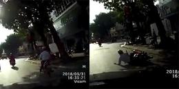 Đột ngột dừng xe trong bóng râm để tránh nắng, nữ Ninja bị đâm ngã sấp mặt