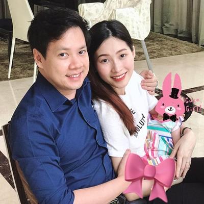 Hoa hậu Đặng Thu Thảo bất ngờ khoe con gái trong ngày sinh nhật ông xã đại gia