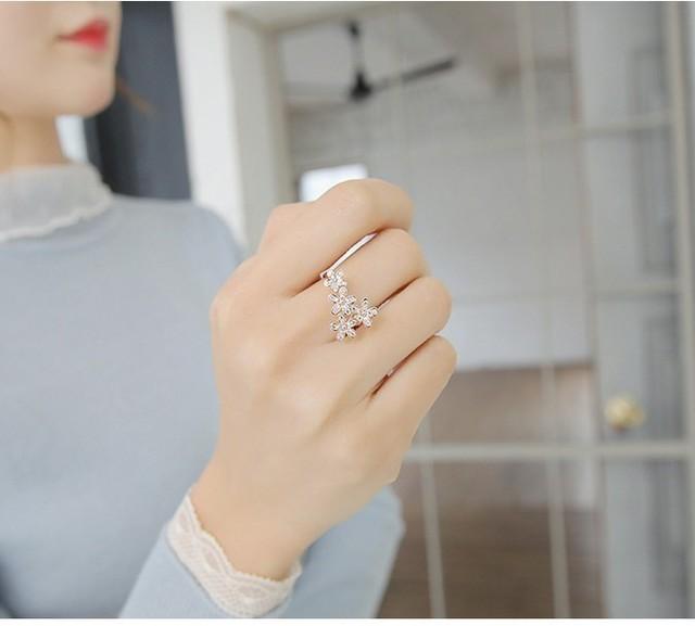 Những mẫu nhẫn đeo tay siêu xinh nhìn thôi là nàng muốn sắm liền một chiếc