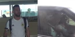 CĐM xót xa hình ảnh Messi thất thểu ở sân bay, ngoài vợ chẳng một ai ra đón sau thất bại tại WC2018