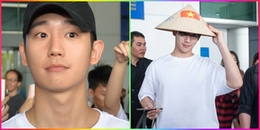 Jung Hae In đội nón lá đáng yêu ở sân bay Tân Sơn Nhất, lọt thỏm giữa vào vòng vây fan Việt