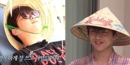 Clip hài: Kang Daniel và Mark (NCT) trang trí nón lá Việt, tự tin mang thành quả đi dạo khắp Đà Nẵng