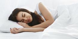 Ai từng 'lạ nhà, lạ giường' tới mức không ngủ được thì giơ tay! Tại sao lại thế nhỉ?