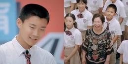 Vừa cười vừa khâm phục bà mẹ phản biện con trai tại trường khi cậu 'tố' bị bắt làm việc nhà.