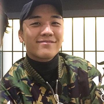 Seungri (Big Bang) chia sẻ kế hoạch nhập ngũ và tung MV mới