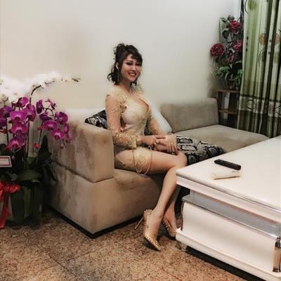 Khám phá từng ngóc ngách trong căn hộ trị giá gần 10 tỷ của Phi Thanh Vân