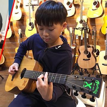 Cậu bé 10 tuổi khiến mọi người thán phục vì cover xuất sắc nhiều bài nhạc hit trên thế giới
