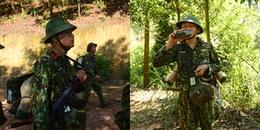 Xuân Nghị vác đồ 25kg hành quân cùng đồng đội vượt 8km đường rừng, vừa đi vừa nói 'mê sảng'
