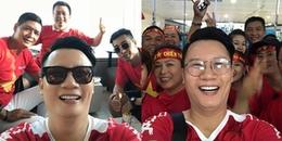 Hoàng Bách, Only C nô nức cổ vũ đội tuyển U23 Việt Nam trên máy bay lên đường tới Indonesia