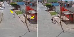 Nữ sinh viên tay không đánh đuổi tên cướp có vũ trang chạy tóe khói