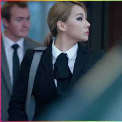 Mặc phát phì mất kiểm soát, CL (2NE1) vẫn gợi cảm, mặt không góc chết trong vai diễn đầu tay