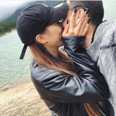 Chỉ mới yêu vài tháng nhưng Huỳnh Anh đã được bạn gái xinh đẹp gọi là