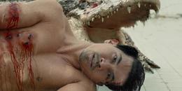Rùng mình xem mỹ nam Thái Lan bị giam trong hồ Tử thần cùng cá sấu