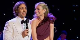 """""""Bạn gái Iron Man"""" Gwyneth Paltrow bất ngờ lên xe hoa lần đầu tiên ở tuổi 46"""