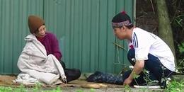 'Giả làm người nghèo khổ' xin tiền cụ bà vô gia cư bên đường và cái kết khiến CĐM lặng mình suy ngẫm
