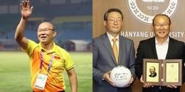 Giúp bóng đá Việt Nam gặt hái nhiều 'quả ngọt', thầy Park được vinh danh ở quê nhà Hàn Quốc