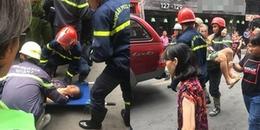 Giải cứu cặp vợ chồng mắc kẹt trong cửa hàng bốc cháy ở khu phố TâyBùi Viện